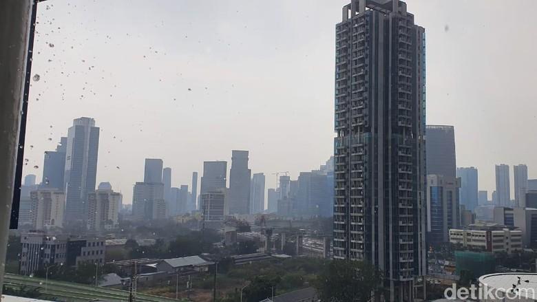 Hujan Sempat Guyur Sebagian Jakarta, Bagaimana Kualitas Udara Sekarang?