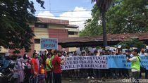 Sejumlah Imigran Demo di Medan Minta Segera Dikirim ke Negara Tujuan