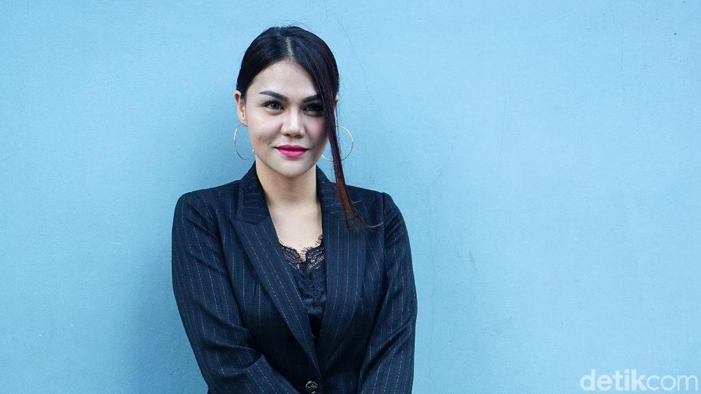 DJ Butterfly Mualaf, Dulu Pernah Unggah Foto Putrinya Berhijab