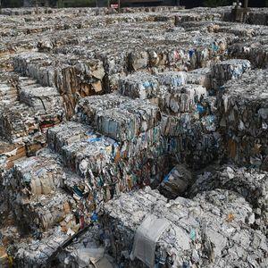 Jejak Sampah Impor di Mojokerto