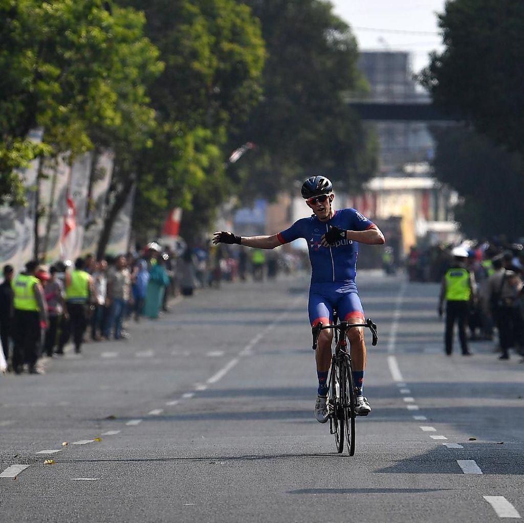 Marcus Culey Tercepat di Etape Ketiga Tour de Indonesia