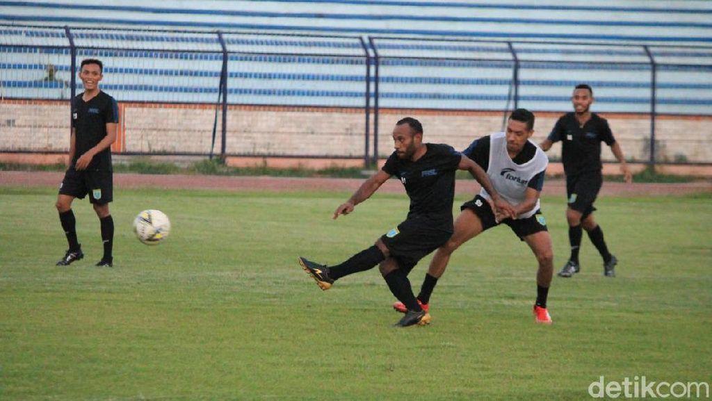 Persela Pinjamkan Anis Nabar ke Sriwijaya FC
