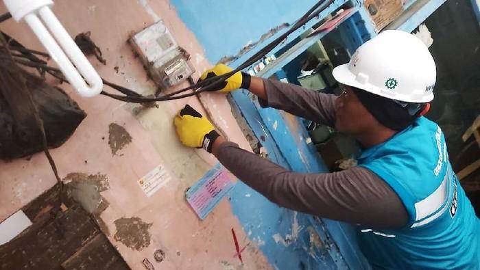 PLN mengadakan kegiatan CSR berupa pemeriksaan instalasi untuk 1600 pelanggan di wilayah Jakarta Raya. Kegiatan ini dilakukan sebagai bentuk kepedulian PLN terhadap pelanggan.