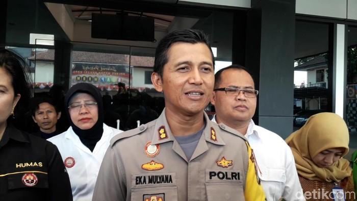 Wakapolres Metro Bekasi Kota, AKBP Eka Mulyana (Isal Mawardi/detikcom)
