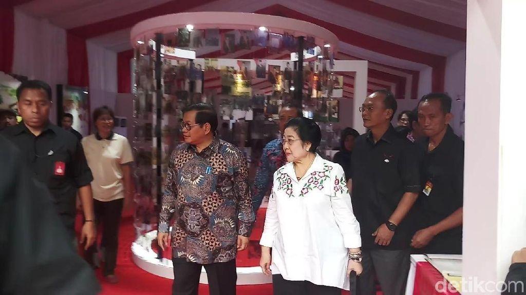 Megawati di Festival Indonesia Maju: Kenang Sukarno, Diputari Lagu Sinatra