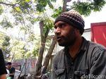 Cerita Versi Mahasiswa Papua Soal Polwan di Bandung Kirim 2 Dus Miras
