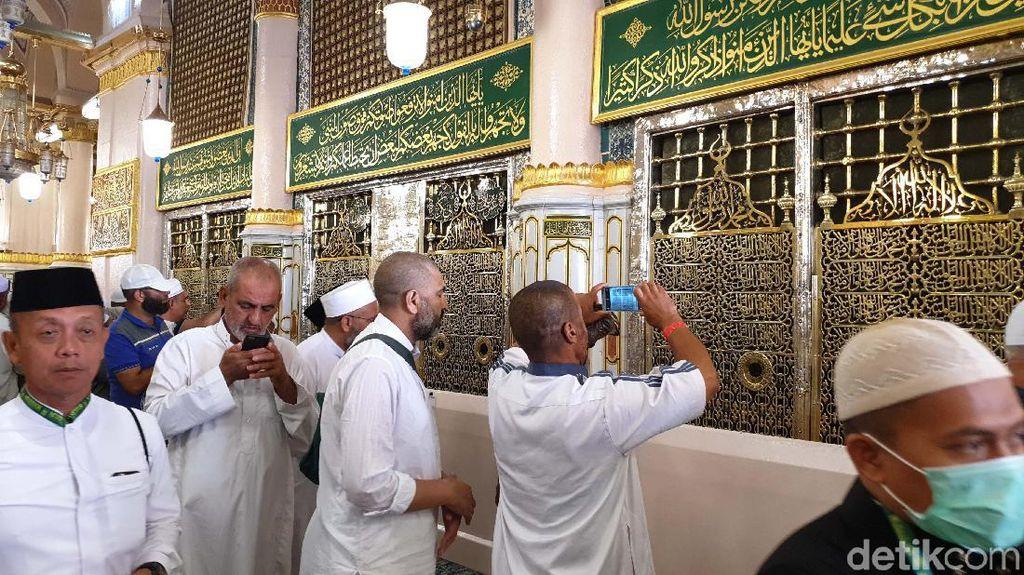 4 Hal tentang Makam Nabi Muhammad SAW