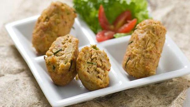 Mendol tempe, makanan khas Malang.