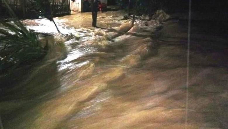 Hujan Deras, Desa di Bireun Aceh Banjir