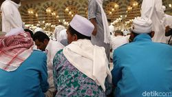 120 Ribu Jemaah Haji Indonesia Mampir Dulu ke Madinah