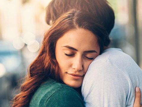 Kamu Bucin atau Bukan? Ini Kategori Budak Cinta Menurut Psikolog