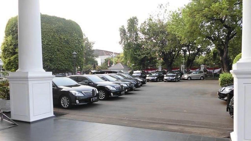Mantan Presiden dan Wakilnya Juga Dapat Mobil Baru Seperti Menteri