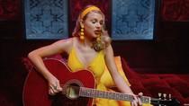 Kanye West Pernah Minta Maaf dan Kirimi Taylor Swift Bunga