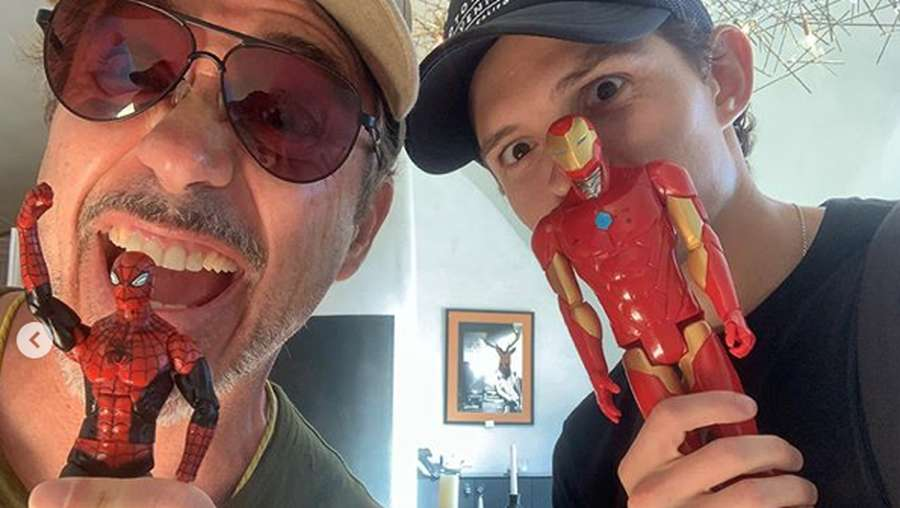 Spider-Man Cabut, Tom Holland Reuni Lagi dengan Robert Downey Jr