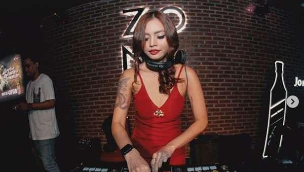 Buka Klinik Kecantikan, Verny Hasan Berhenti Nge-DJ?