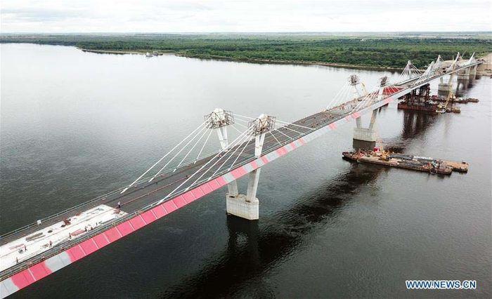 Jembatan ini membentang sepanjang 1.284 meter dan lebar 14,5 meter. Xinhua/Wang Jianwei.