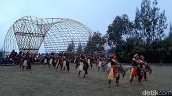 Penari Jaranan Jathilan 2019 Tampil Memukau di Lereng Bromo