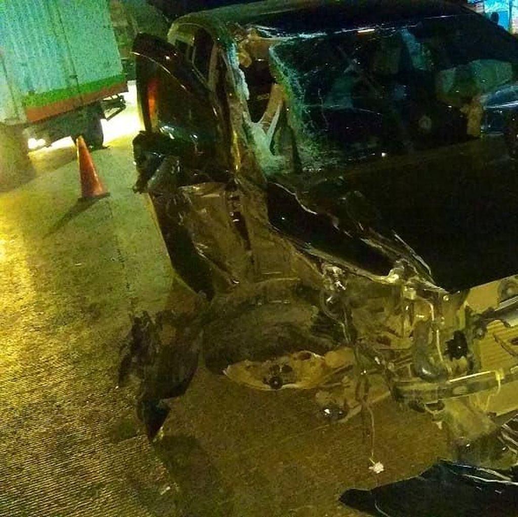 Kecelakaan Truk vs Minibus di Cengkareng, Lalin Ramai Lancar