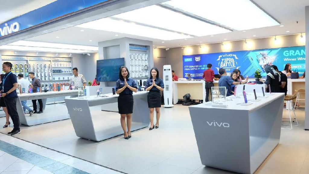 vivo dan Erajaya Group Resmikan 10 vivo Store di Semarang
