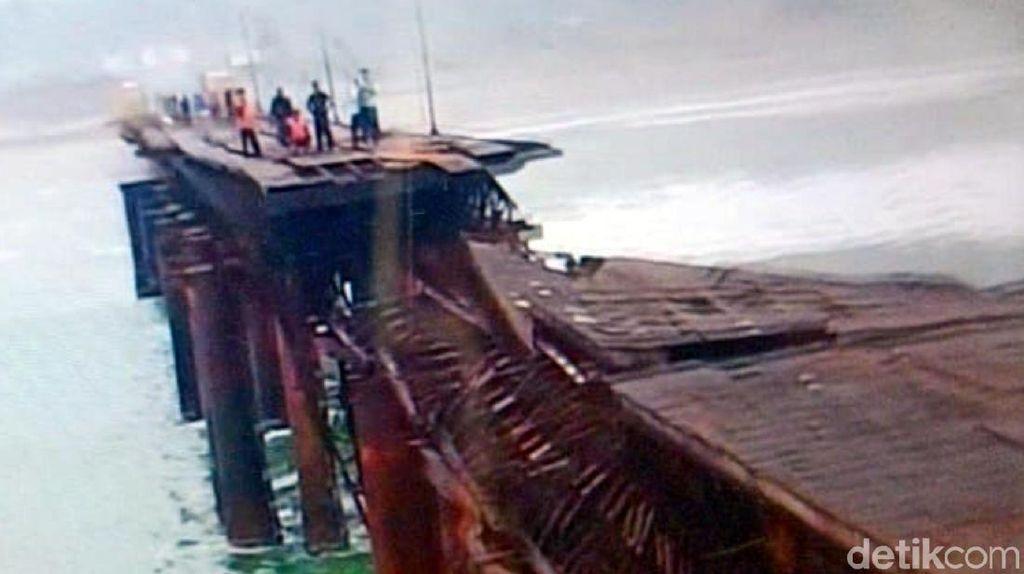 13 Pemancing Terjebak Akibat Ruas Dermaga di Sukabumi Roboh