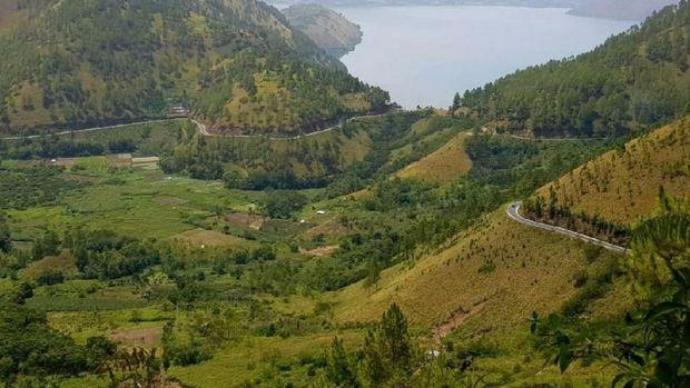 NasDem Sumut Kritik Rencana Wisata Halal Danau Toba