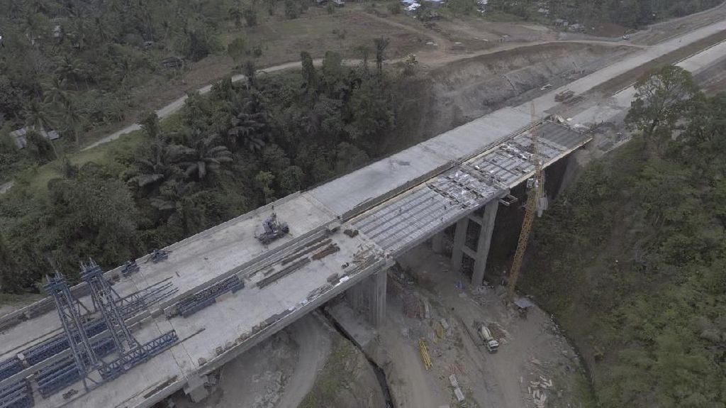 Penampakan Terkini Pembangunan Jembatan Tol Manado-Bitung