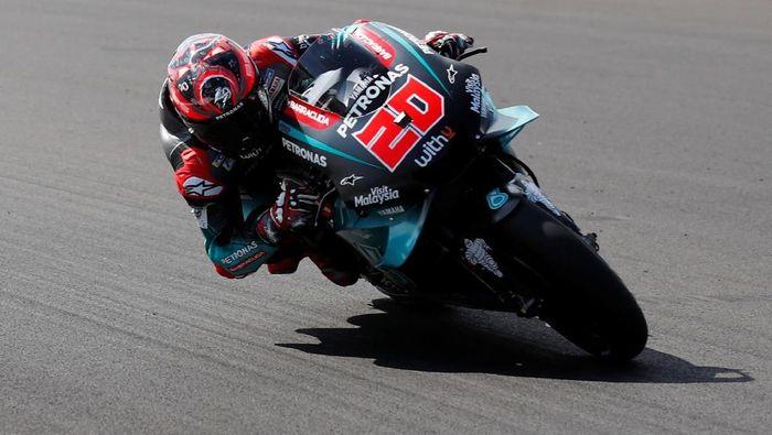 Fabio Quartararo dianulir hukumannya dan kembali jadi yang tercepat di sesi free practice II MotoGP Inggris (REUTERS/David Klein)
