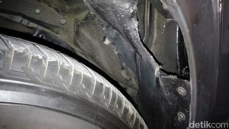 Mobil Dinasnya Dibakar OTK, Bupati Tegal: Saya Tak Merasa Punya Musuh
