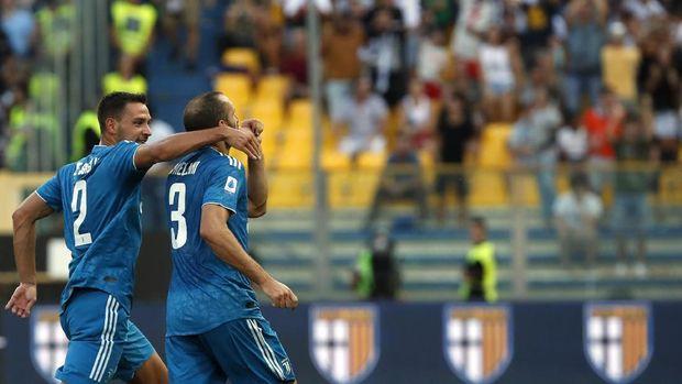 Giorgio Chiellini dan Leonardo Bonucci menjadi starter saat Juventus menang atas Parma.