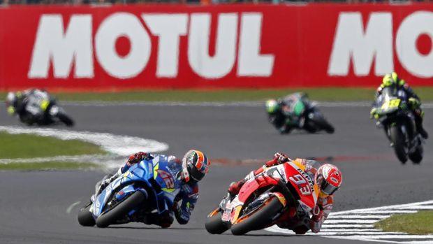 Marc Marquez harus puas jadi runner up di MotoGP Inggris.