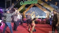 Festival Ojhung Puncaki Perayaan HUT RI dan Hari Jadi Situbondo
