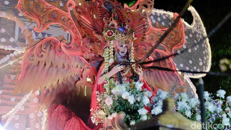 Gelaran Kediri Nite Carnival Makin Memukau Warga