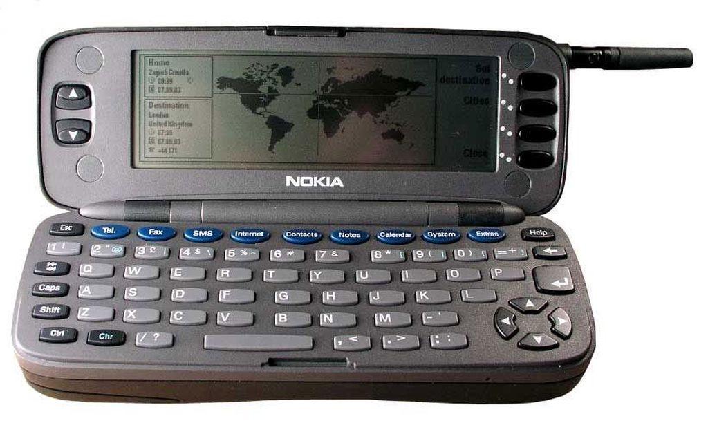 Nokia 9000 Communicator adalah ponsel pertama pada seri tersebut. (Foto:AllAboutSymbian)