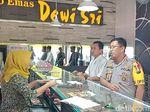 Olah TKP Perampokan di Magetan, Karyawan Toko Emas Ceritakan Aksi Pelaku