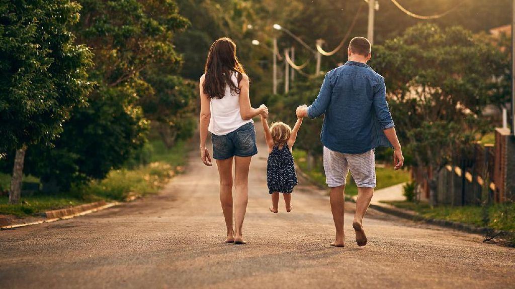 Tes Kepribadian: Mana Keluarga yang Menurutmu Palsu?
