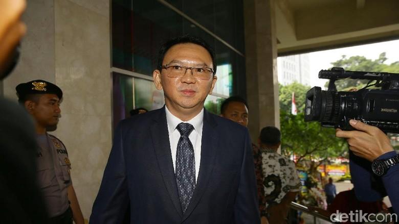 Ahok Hadiri Pelantikan Anggota DPRD DKI 2019-2024