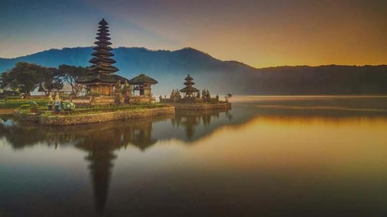 Ilustrasi Pura Ulun Danu di Bali (Teguh Tofik Hidayat/dTraveler)