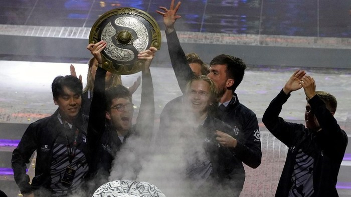 Tim OG, juara dunia Dota 2. Foto: Reuters