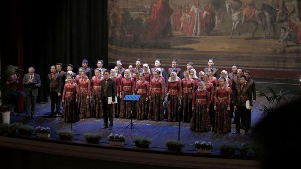 Paduan Suara Unpad Sabet 7 Gelar Kompetisi Internasional di Italia