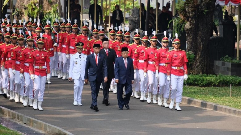 Sempat Kosong Jabatan 3 Tahun, Wagub Sulteng Dilantik Jokowi