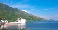 Tempat wisata di Indonesia, Danau Toba.