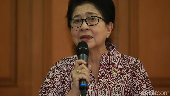 Masalah pemerataan tenaga kesehatan di daerah jadi perhatian Menkes Nila Moeloek. (Foto: Agung Pambudhy)