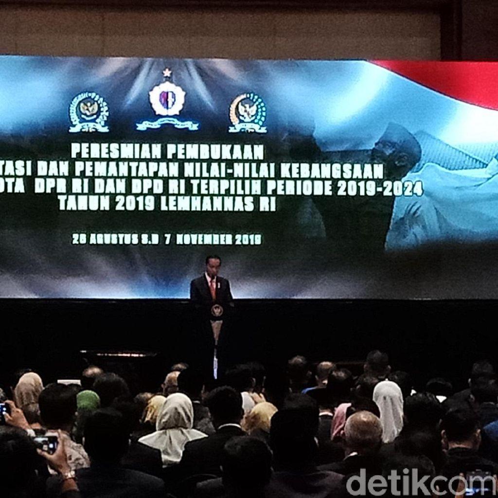 Jokowi Beri Wejangan Kerja Cepat ke Anggota Baru DPD-DPR RI