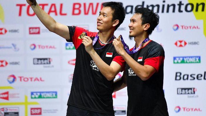 Juara Dunia 2019, Mohammad Ahsan persembahkan untuk HUT ke-74 Republik Indonesia (ANTARA FOTO/Hafidz Mubarak A)