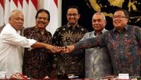 Bahkan Gubernur Kalimantan Timur (Kaltim) Isran Noor juga terlihat hadir.