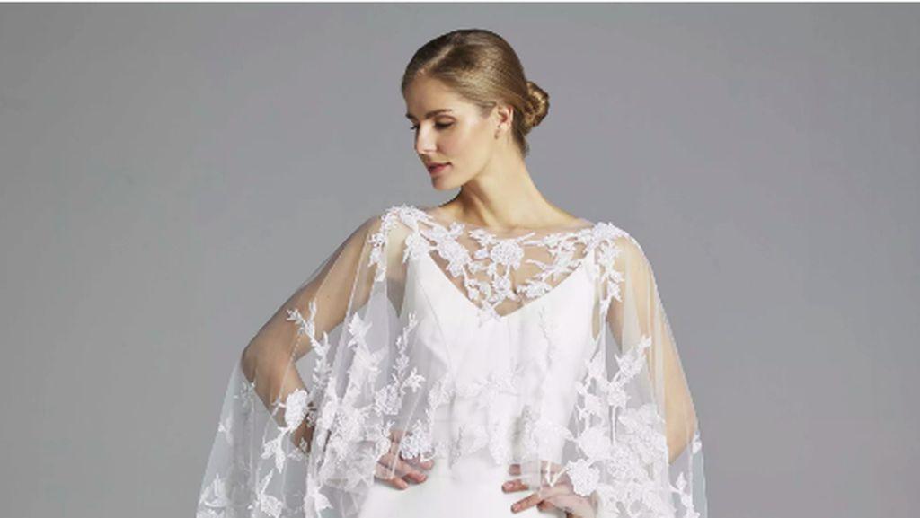 Pakai Gaun Renda Putih di Pernikahan Sepupu, Wanita Ini Kena Hujat Netizen