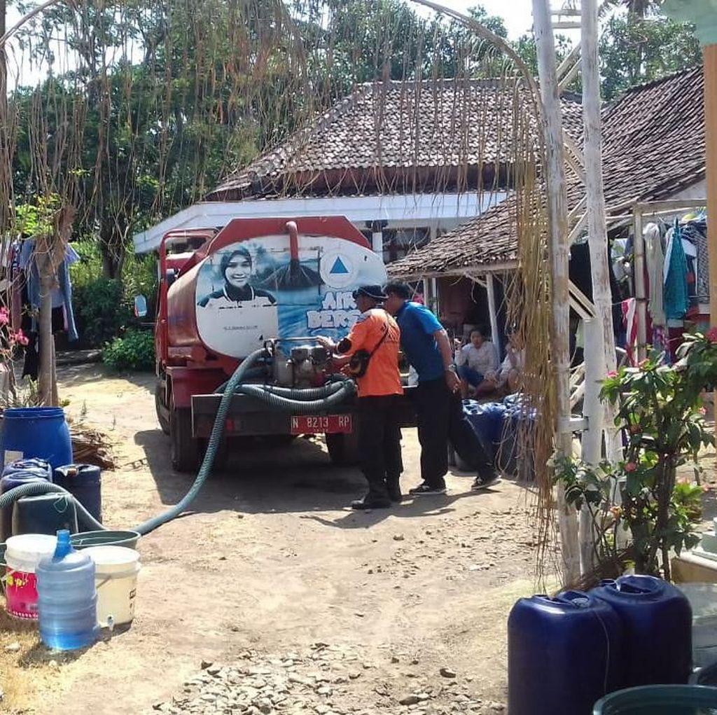 BPBD Probolinggo Dropping Air Bersih untuk 142 Warga yang Kekeringan