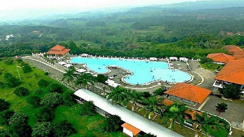 Seputar Giri Tirta Kahuripan, Resort di Atas Awan yang Keren/Foto: Giri Tirta Kahuripan