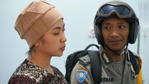 'Pak Bhabin' Sosialisasikan Program Polri Melalui Film Pendek Lucu