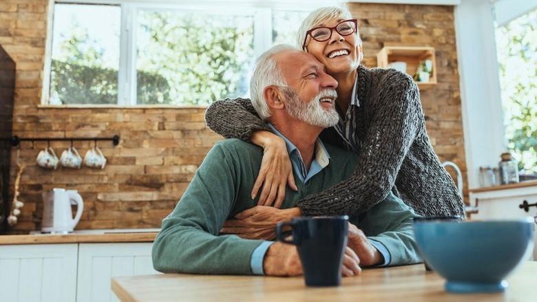 Benarkah Berpikir Positif Membuat Kita Hidup Lebih Lama?
